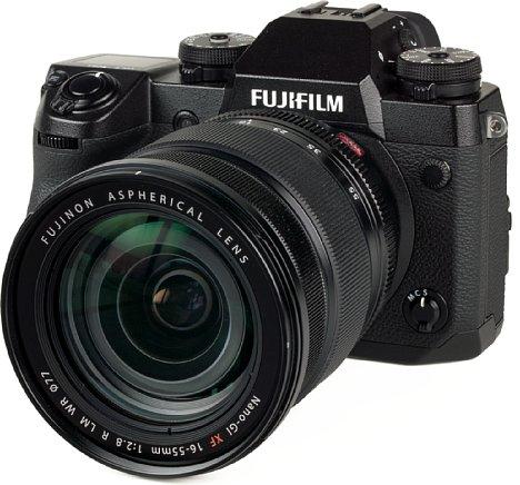 Bild Fujifilm X-H1 mit XF 16-55 mm. [Foto: MediaNord]