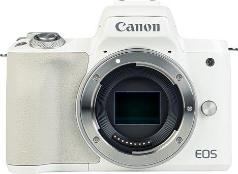 Bild Die Bajonettauflage der EOS M50 Mark II ist aus Metall. Das Bejonett des Set-Objektivs ist das nicht. [Foto: MediaNord]