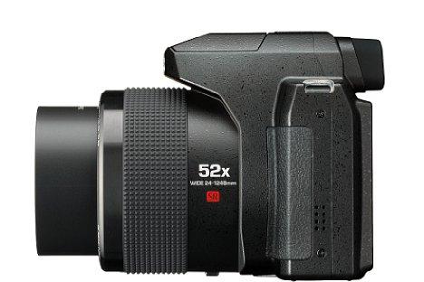 Bild Die Ricoh Pentax XG-1 zoomt optisch 52fach und deckt damit einen Brennweitenbereich zwischen 24 und 1.248 Millimeter ab. [Foto: Ricoh]
