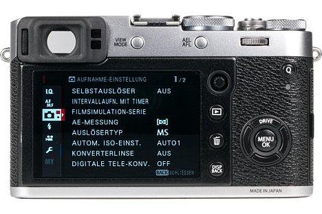 Bild Als einzige Kompaktkamera am Markt verfügt die Fujifilm X100F über einen optischen Sucher. Der Clou: Es lassen sich digital Informationen einblenden bis hin zu einer Fokuslupe. Wer möchte, schaltet den Sucher auf vollelektronischen Betrieb um. [Foto: MediaNord]