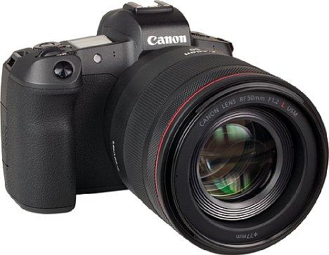 Bild Der Autofokus des Canon RF 50 mm 1.2 L USM bewegt die Frontlinsengruppe innerhalb des Objektivtubus', was für eine nicht allzu flotte Fokussierung sorgt. [Foto: MediaNord]