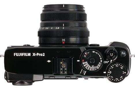Bild Andererseits profitiert man nur an den spritzwassergeschützten Kameras Fujifilm X-Pro2 und X-T1 vom Spritzwasserschutz desXF 35 mm F2 R WR. [Foto: MediaNord]