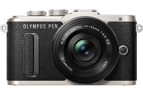 Bild Wer es lieber klassisch mag, bekommt die Olympus Pen E-PL8 EZ-M auch in Silber-Schwarz. Das Set mit dem M.Zuiko Digital ED 14-42 mm 1:3.5-5.6 EZ soll übrigens knapp 600 Euro kosten. [Foto: Olympus]