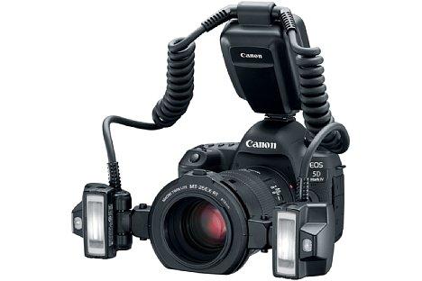 Bild Canon Macro Twin Lite MT-26EX-RT montiert auf einer Kamera. [Foto: Canon]