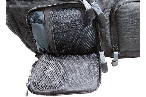 Bild Der Tamrac Evolution 8 ist ein sehr durchdachter Rucksack. Jeder Platz ist genutzt und es gibt viele nützliche Details. [Foto: Daniela Schmid]