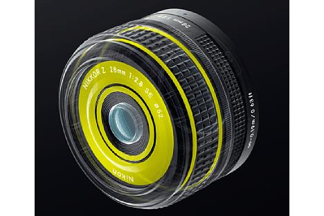Bild Trotz Kunststoffbajonetts besitzt das Nikon Z 28 mm F2.8 SE einen Spritzwasser- und Staubschutz. [Foto: Nikon]