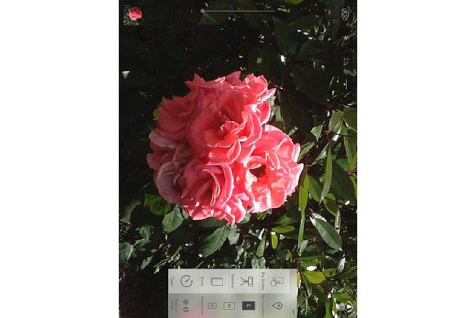 Bild Die Benutzeroberfläche Camera Plus App kann auf Bedarf ausgeklappt werden und bietet dem Fotografen dann eine Vielzahl von Funktionen. [Foto: MediaNord]