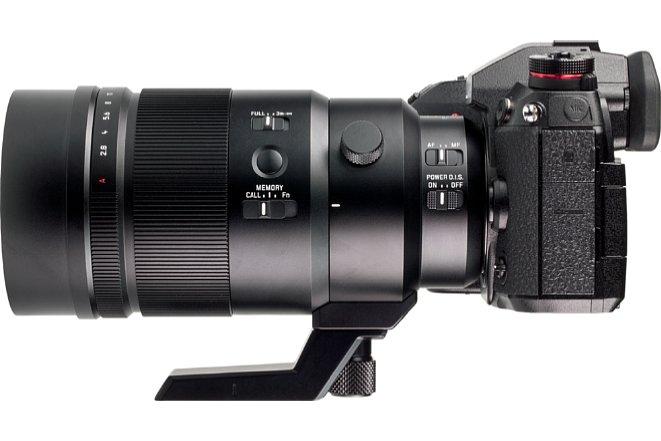 Bild Blendenring, Fokusring, vier Schalter und eine Taste bilden das umfangreiche Bedieninterface des Panasonic Leica DG Elmarit 200 mm 2.8 Power OIS. Hier bleiben praktisch keine Wünsche übrig. [Foto: MediaNord]