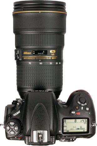 Bild Der Stellweg des Fokusrings desAF-S 24-70 mm 1:2.8E ED VR ist äußerst gering. Den Aufdruck eine Schärfentiefeskala hat Nikon sich gleich ganz gespart. Zum Glück arbeitet der Ultraschall-Autofokus sehr schnell und zuverlässig. [Foto: MediaNord]