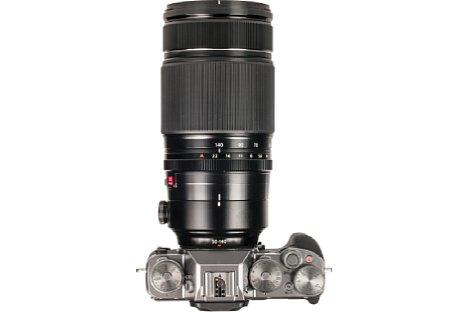 Bild Mit dem breiten Zoomring lässt sich das hochwertig verarbeitete Fujifilm XF 50-140 mm 2,8 R LM OIS WR wunderbar halten und bedienen. [Foto: MediaNord]