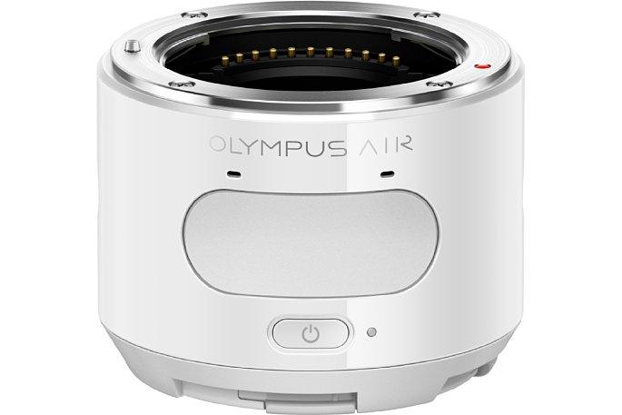 Bild Die Oberseite der Olympus Air A01 Smartphone-Zusatzkamera wird vom riesigen Auslöser dominiert. [Foto: Olympus Japan]