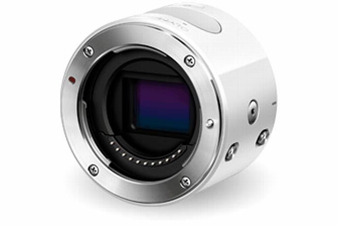 Bild Die Olympus Air A01 besitzt ein Micro Four Thirds Bajonet und ist damit zu dem großen Objektiv-Programm von Olympus und Panasonic kompatibel. [Foto: Olympus Japan]