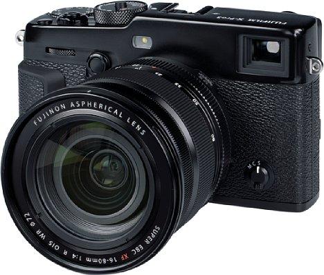 Bild Fujifilm bleibt zumindest mit der Gehäusevorderseite der X-Pro3 dem alten Design treu. Das Metallgehäuse ist mit seinen Dichtungen, die das Innere vor dem Eindringen von Staub und Spritzwasser schützen, sehr robust. [Foto: MediaNord]