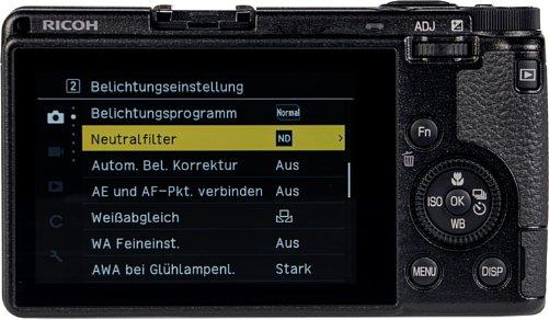 Bild Der Touchscreen ist bei der Ricoh GR IIIx zwar unbeweglich verbaut, leuchtet aber äußerst hell und bietet einen großen Betrachtungswinkel. [Foto: MediaNord]