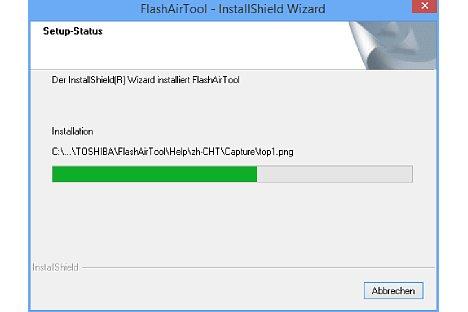 Bild Die Toshiba FlashAir-Konfigurationssoftware kann auf einem Windows-PC oder Macintosh installiert werden, sie erlaubt Einstellungen an der FlashAir-Karte, wenn diese im Speicherkartenschacht des Computers steckt. [Foto: MediaNord]