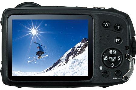 Bild Auf der Rückseite verfügt die Fujifilm FinePix XP120 über einen 7,6 Zentimeter großen Bildschirm mit 920.000 Bildpunkten Auflösung. [Foto: Fujifilm]