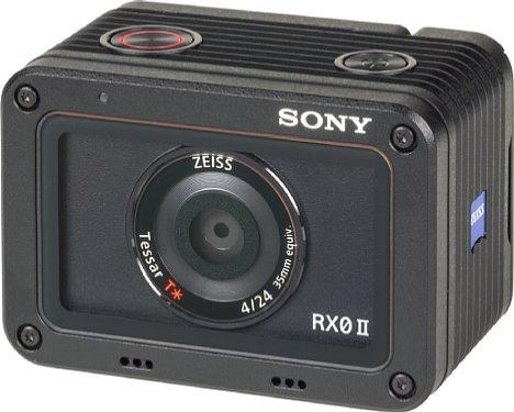 Bild Die winzige Sony DSC-RX0 II ist wasserdicht und robust. Für eine gute Bildqualität nutzt sie den bekannten 1-Zoll-Sensor von Sony, von dem sie aber leider nur rund 75 Prozent seiner Fläche nutzt. [Foto: MediaNord]