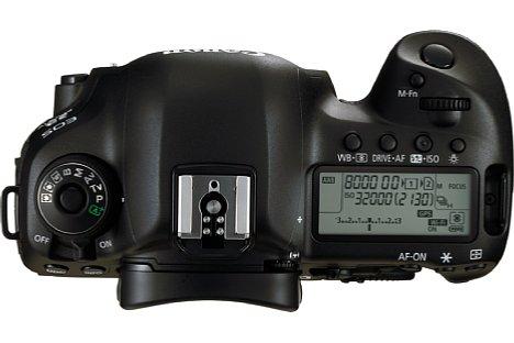 Bild Selbstverständlich bietet die Canon  EOS 5D Mark IV ein übersichtliches LC-Display. Das Gehäuse besteht aus einer robusten Magnesiumlegierung und ist gegen Staub und Spritzwasser geschützt. [Foto: Canon]