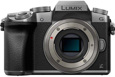 Bild Mit dem 16 Megapixel auflösenden Live-MOS-Sensor im Four-Thirds-Format nimmt diePanasonic Lumix DMC-G70 8 Serienbilder pro Sekunde aufoder sogar 30 im 4K-Fotomodus. [Foto: Panasonic]