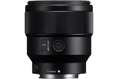 Bild Mit 650 Euro ist das Sony FE 85 mm F1,8 (SEL-85F18) deutlich preiswerter als das 2.000 Euro teureFE 100 mm F2,8i STF GM OSS (SEL-100F28GM). [Foto: Sony]