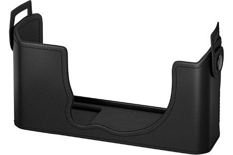 Bild Fujifilm bietet außerdem eine schützende Lederhülle für die X-E4 an. [Foto: Fujifilm]