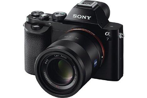 Bild Die neue Sony Alpha 7 lässt den Traum einer besonders kompakten, spiegellosen Systemkamera mit Kleinbildsensor wahr werden. [Foto: Sony]