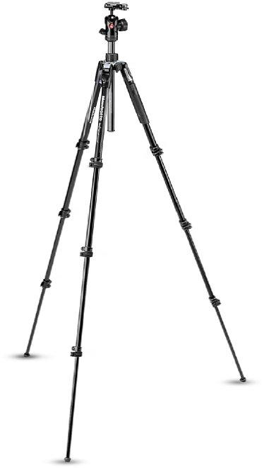 Bild Das Manfrotto Befree Advanced (MKBFRLA4BK-BH) erreicht eine Arbeitshöhe von 151 cm mit ausgefahrener Mittelsäule und Stativkopf. [Foto: Manfrotto]