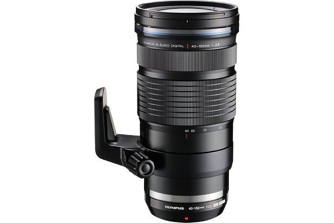 Bild Das Olympus M.Zuiko Digital ED 40-150 mm 1:2.8 Pro mit angebrachter Stativschelle. [Foto: Olympus]