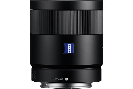 Bild Das Sony FE 55 mm 1.8 Sonnar T* ZA (SEL-55F18Z) besteht aus hochwertig verarbeitetem Metall. [Foto: Sony]