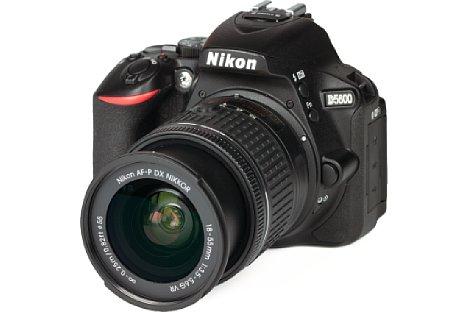 Bild Nikon D5600 mit 18-55 mm AF-P VR. [Foto: MediaNord]