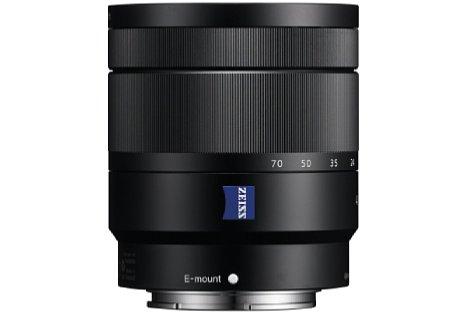 Bild Das Sony E T* 16-70 mm F4 ZA OSS Vario-Tessar (SEL-1670Z) bietet eine durchgehende Lichtstärke von F4 sowie einen optischen Bildstabilisator. [Foto: Sony]