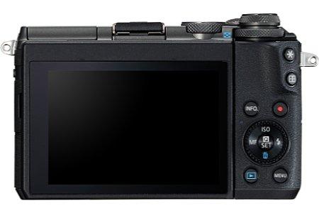 Bild Der rückwärtige 7,5-Zentimeter-Touchscreen der Canon EOS M6 lässt sich für Selfies um 180 Grad nach oben sowie für Über-Kopf-Aufnahmen um 45 Grad nach unten klappen. [Foto: Canon]