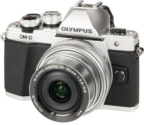 """Bild Der Labortest der Olympus OM-D E-M10 Mark II erfolgte mit dem flachen """"Pancake""""-Zoom 14-42 mm EZ. [Foto: MediaNord]"""