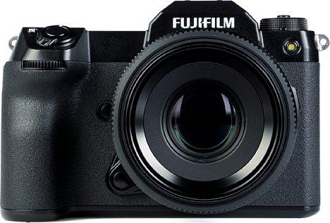 Bild Dank des Sensor-Shift-Bildstabilisators kann man mit der Fujifilm GFX100S auch mit Festbrennweiten wir dem GF 63 mm F2.8 R WR deutlich längere Belichtungszeiten verwackelungsfrei aus der Hand halten. [Foto: MediaNord]