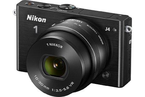 Bild Nikon 1 J4 mit 10-30 mm Objektiv in Schwarz. [Foto: Nikon]