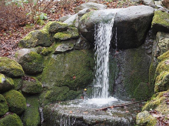 Bild Wasserfall ohne lange Belichtungszeit und ohne LiveND-Filter. [Foto: Medianord]