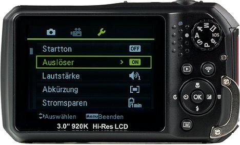 Bild Auf der Rückseite der Kamera sind die meisten Einstellungselemente untergebracht. [Foto: MediaNord]