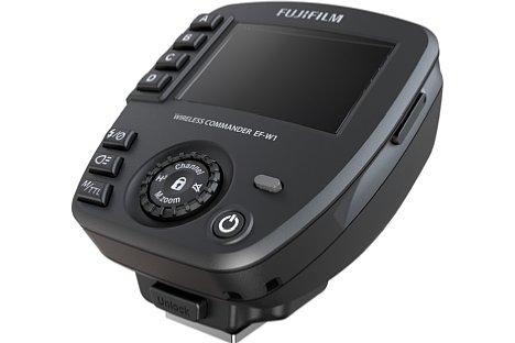 Bild Auch einen passenden Funkauslöser bietet Fujifilm mit dem EF-W1 an. [Foto: Fujifilm]