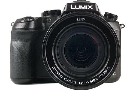 Bild Das große Objektiv der Lumix DMC-FZ2000 bietet dem Fotografen eine sehr gute Lichtstärke und ist optisch aufwendig korrigiert. [Foto: MediaNord]