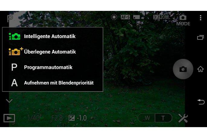 Bild Der Funktionsumfang via App PlayMemories Mobile ist arg beschränkt. Eine Zeitautomatik (Blendenpriorität) bietet nur das Modul QX100.
