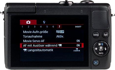 """Bild Der 3"""" Touchscreen ist an einem Gelenk angebracht, das eine Bewegung von 180° nach vorne erlaubt. Zudem ist die Touchbedienung präzise und schnell. [Foto: MediaNord]"""