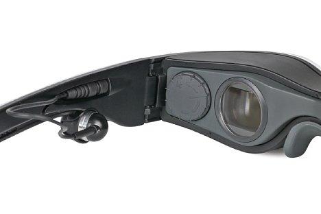 Bild Der Zeiss Cinemizer OLED besitzt für beide Augen getrennte Dioptrienkorrekturen, die sich mit den großen Rädchen leicht verstellen lassen. [Foto: MediaNord]