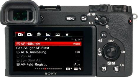 Bild Beim Bildschirm und Sucher bietet die Sony Alpha 6600 nur Mittelmaß und hebt sich nicht von der Alpha 6400 ab, beim 16:9-Touchscreen nicht einmal von der Alpha 6100. [Foto: MediaNord]