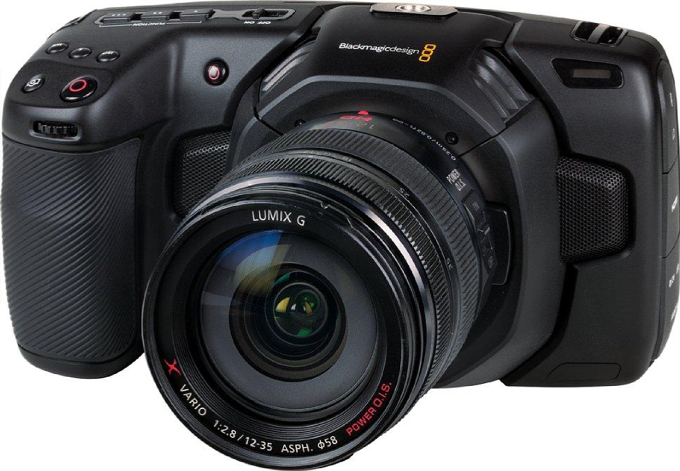 Bild Die Blackmagic Pocket Cinema Camera 4K ähnelt auf den ersten Blick eher einer Fotokamera als einem Camcorder. Tatsächlich ist es aber eine reinrassige Videokamera praktisch vollständig ohne Foto-Funktion (nur DNG-Standbilder können gespeichert werden). [Foto: MediaNord]