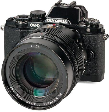 Bild An der Olympus OM-D E-M10 wirkt das Panasonic Leica DG Nocticron 42,5 mm F1.2 schon fast überdimensioniert, liefert aber eine nochmals höhere Auflösung als an der GH4 und schlägt sogar das Olympus 75 mm F1.8. [Foto: MediaNord]