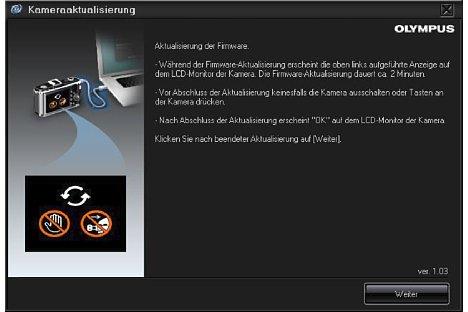 Bild Im zweiten Schritt erfolgt die eigentliche Programmierung der Firmware, nun sollte keinesfalls das Kabel gezogen oder die Kamera abgeschaltet werden. [Foto: MediaNord]