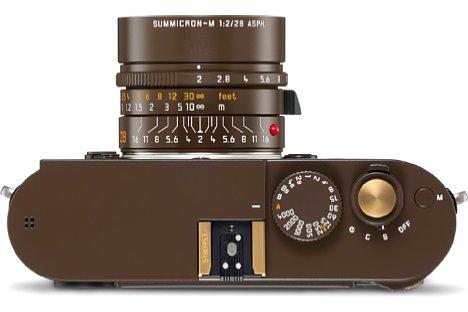 """Bild Details aus blankem Messing an der Leica M Monochrom """"Drifter"""" by Kravitz Design sollen eine Patina entwickeln. [Foto: Leica]"""