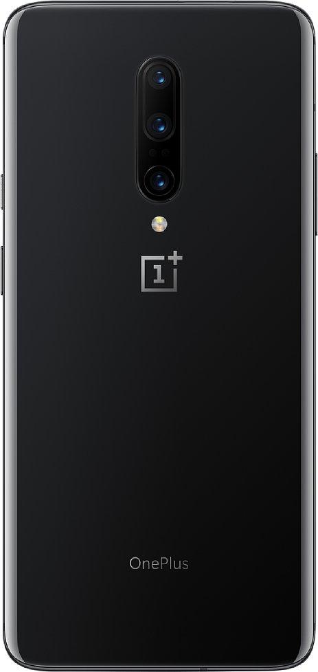 """Bild Auch die Farbvariante """"Mirror Gray"""" des OnePlus 7 Pro schimmert und hat einen leichten Dunkel-Hell-Verlauf, den man allerdings auf diesem Pressefoto kaum sieht. [Foto: OnePlus]"""