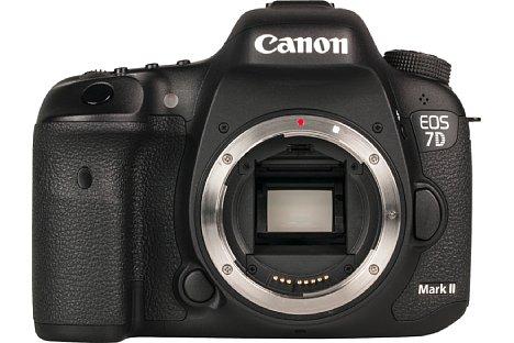 Bild Herzstück der EOS 7D Mark II ist ein Bildwandler im APS-C-Format mit rund 20,9 Megapixel Auflösung. [Foto: MediaNord]