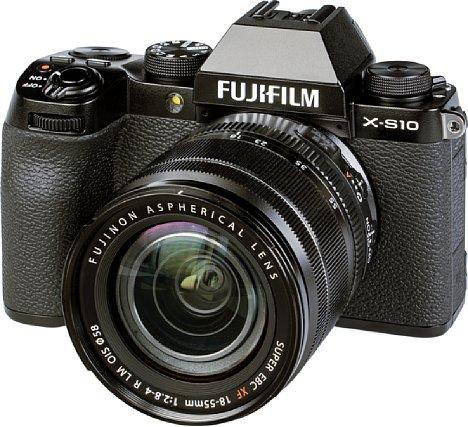 Bild Fujifilm X-S10 mit XF 18-55 mm. [Foto: MediaNord]